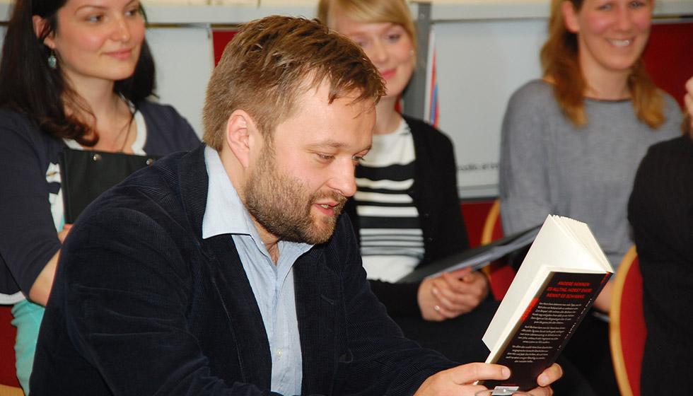 Ulrich Weller liest