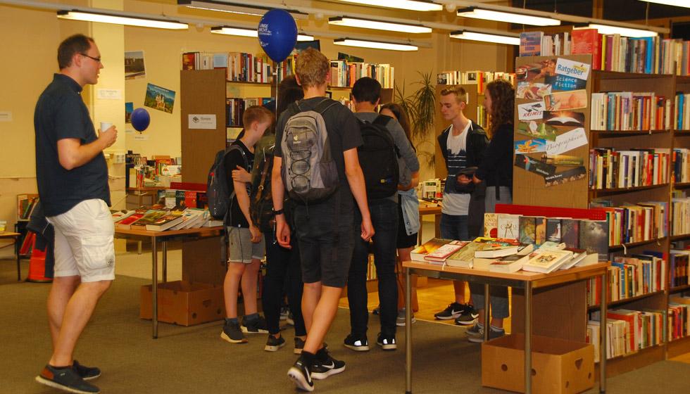 Bücher-Flohmarkt